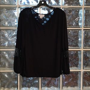 Liz Claiborne Blouse with lace inserts on sleeve